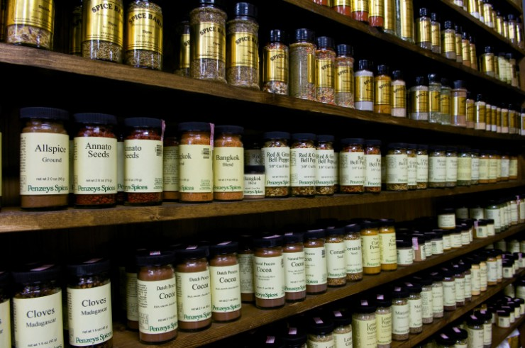 spices, extracts, seasonings