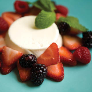 Panna Cotta with fresh berries recipe