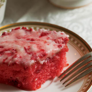 Strawberry Cream Sheet Cake