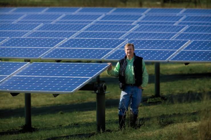 Solar Panels Pop Up on Tennessee Farms | Farm Flavor