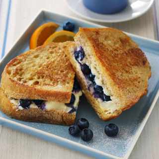 Blueberry French Toast Sandwich Recipe