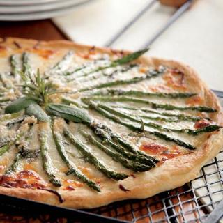 Asparagus Pizza Bianca Recipe