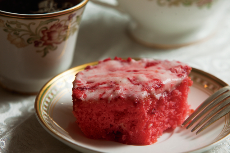 Strawberry Sheet Cake With Jello